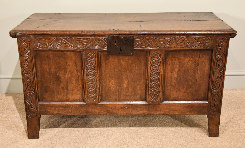 oak coffer three paneled handsome early 18th century