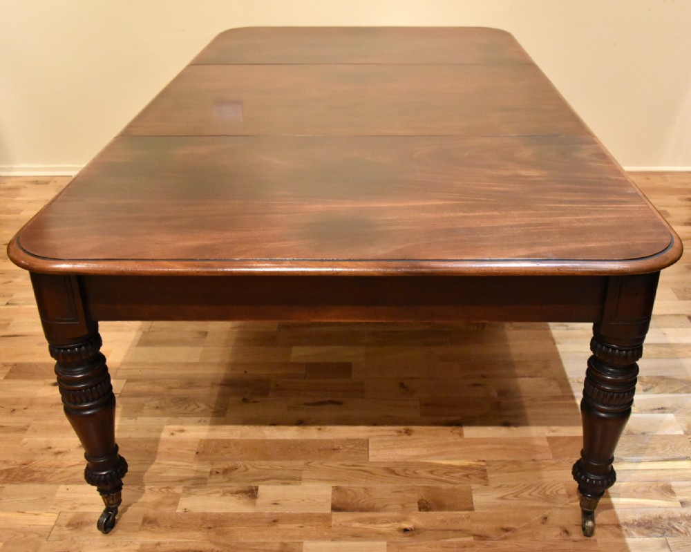 a cuban mahogany william iv dining table