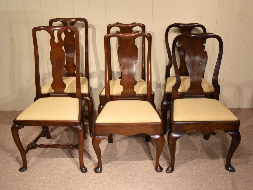 walnut dining chairs 18th century