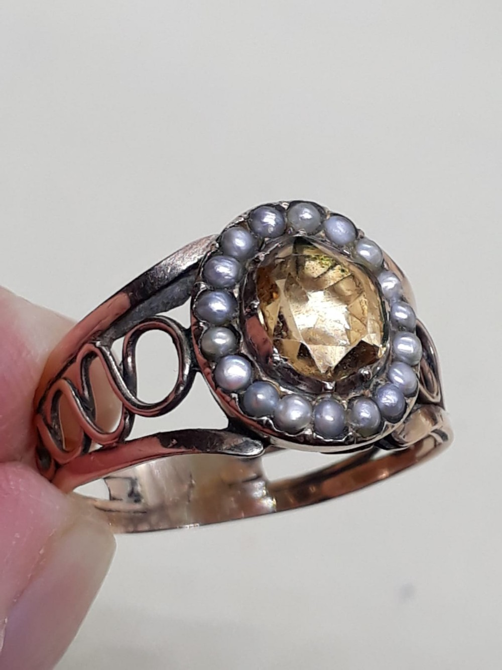 georgian foiled topaz pearl and gold ring circa 1820
