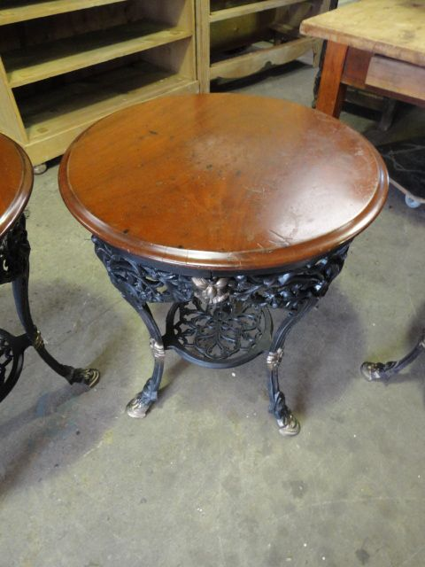 Dealerships Open On Sunday >> Set Of 4 Victorian Pub Tables | 274409 | Sellingantiques.co.uk