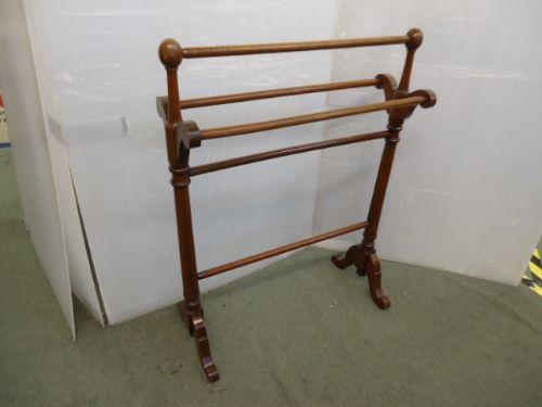 victorian mahogany towel rail