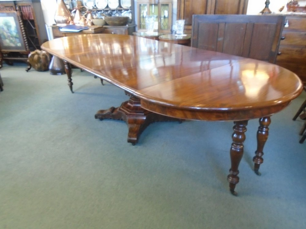 Super mahogany 12 seater table 469925 sellingantiques for 12 seater table