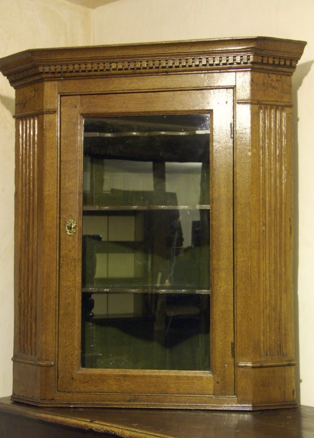welsh oak corner cupboard circa 1780