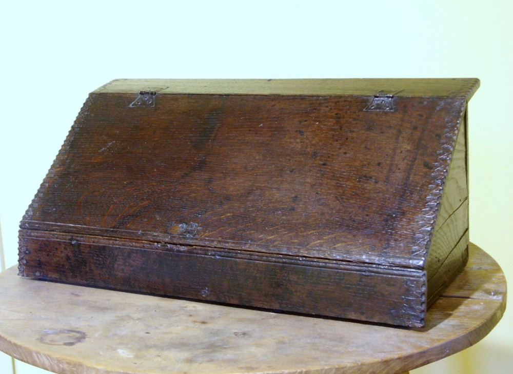welsh oak writing box circa 1640