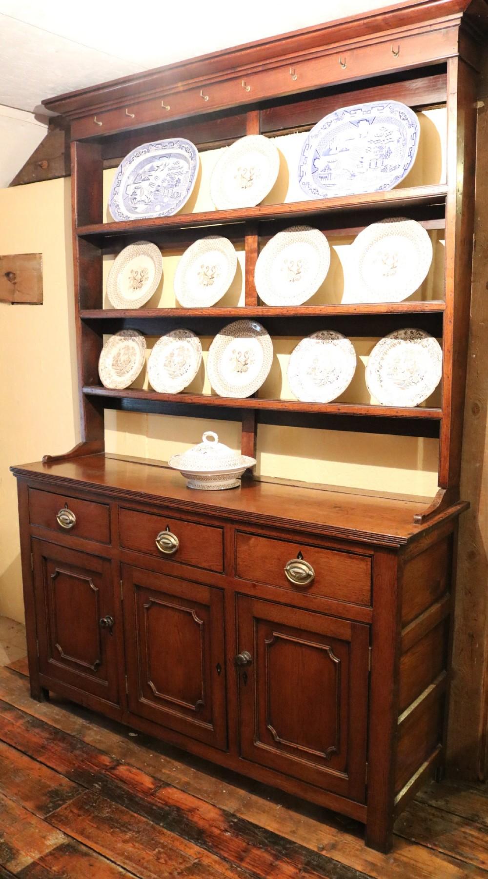 georgian welsh oak dresser with cupboard base circa 1790