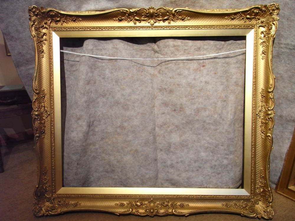 A good large 19c victorian 30 x 37 gold swept rococo for Large a frame