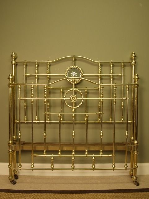 superb victorian brass bow ended bed 4ft 6