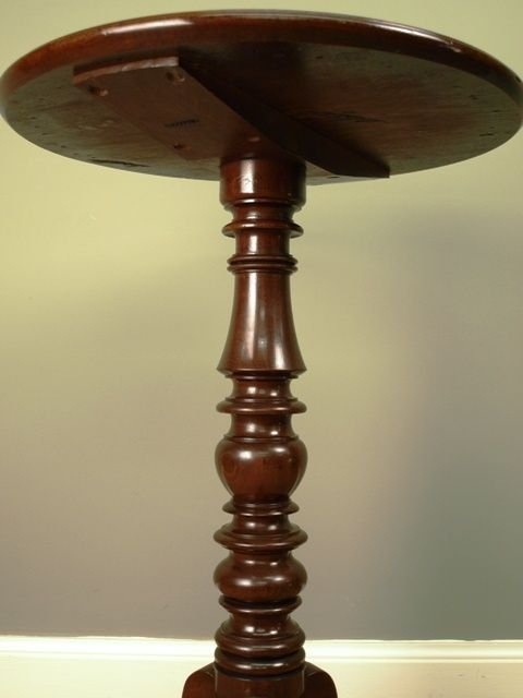 a gillows small mahogany dish top table - photo angle #2