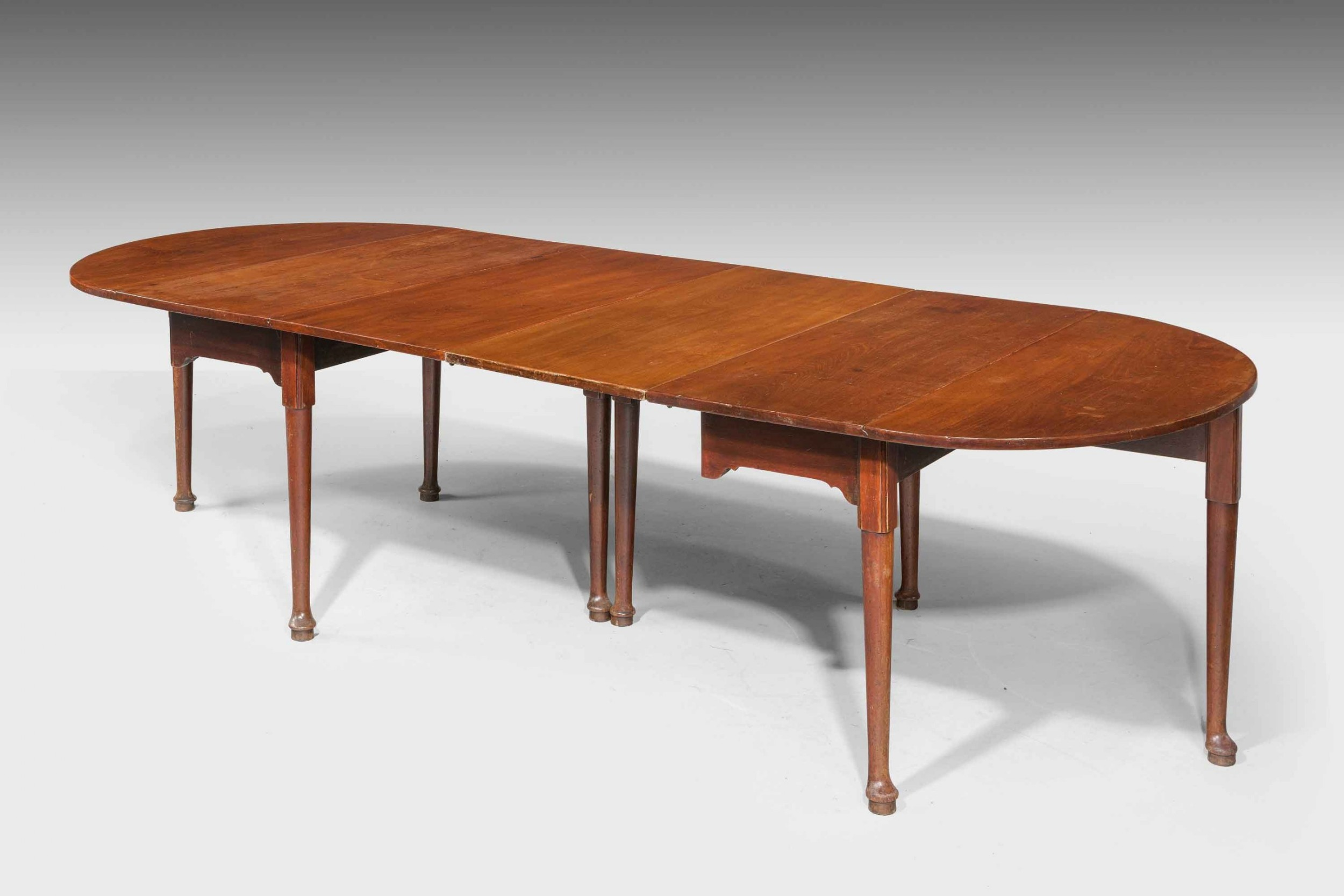 early george iii period mahogany dining table