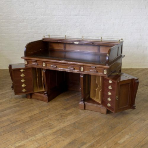 antique roll top desks the uk s largest antiques website 87975