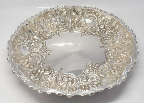 exquisite large victorian silver bowl sheffield 1894
