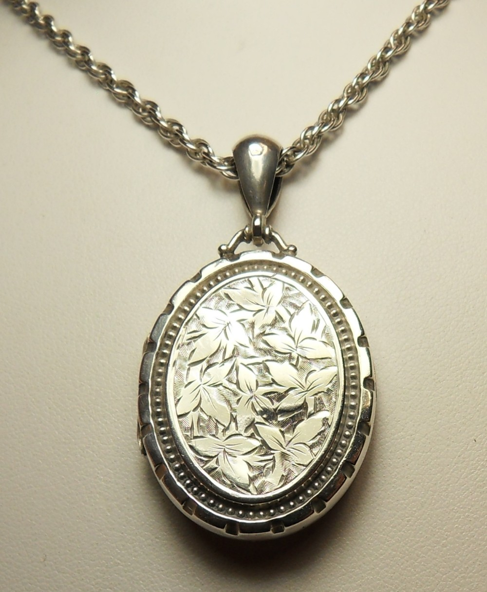 photo p fine locket style in sterling victorian pendant hp lockets ball pretty silver