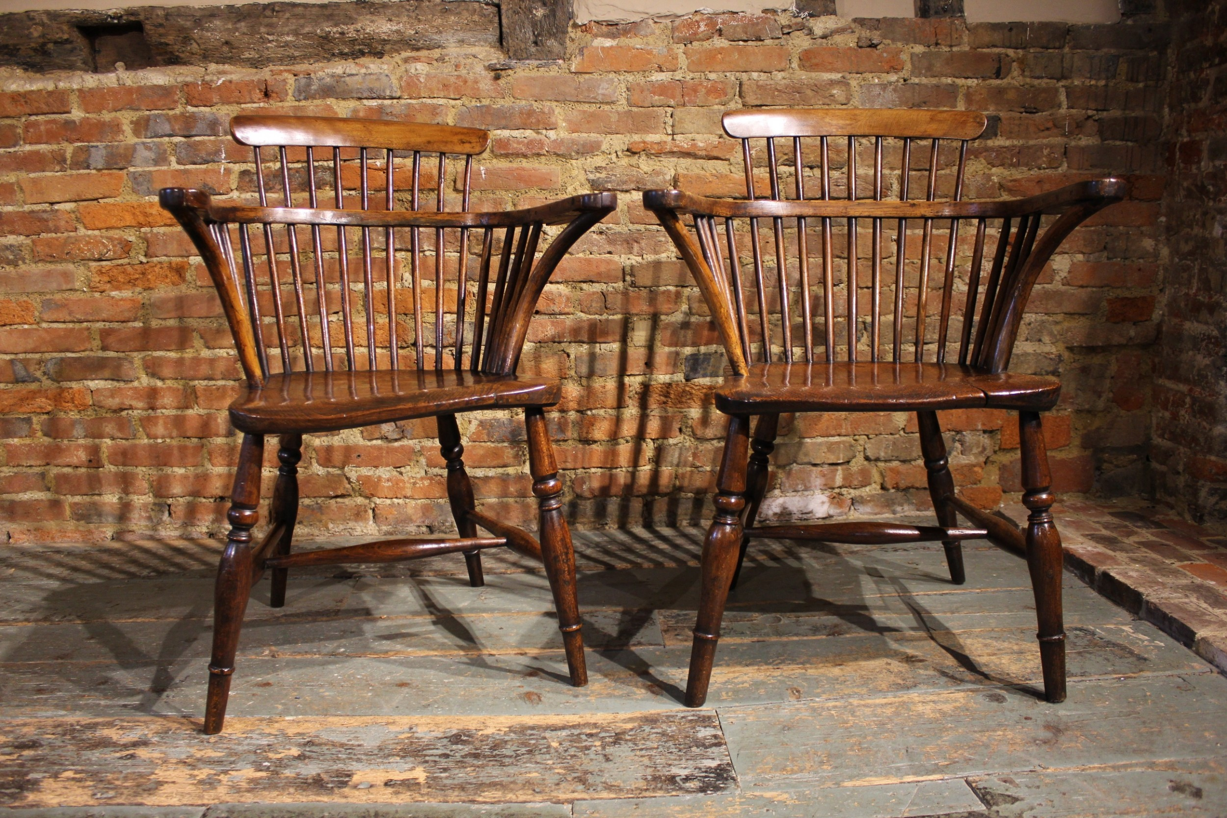 pair of 19th century windsor armchairs
