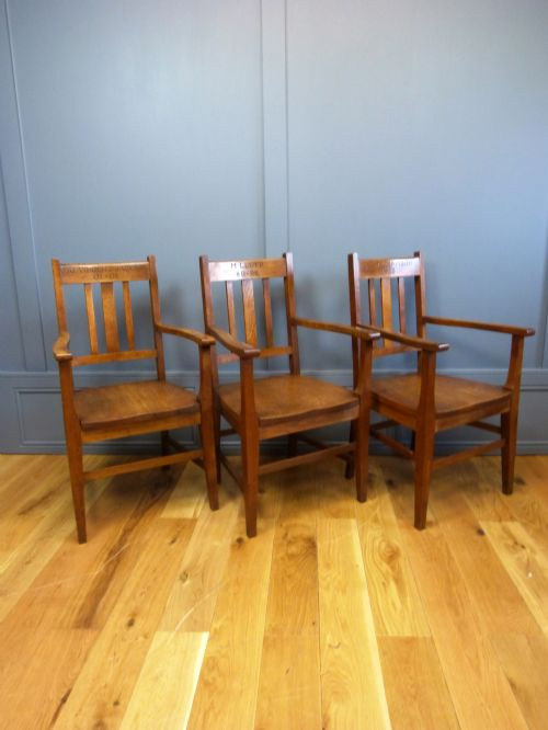 Eight Arts amp Crafts Dining Chairs From Ecton Hall 312247  : dealerwoodysantiquesfull1416838276324 3647721073 from www.sellingantiques.co.uk size 500 x 666 jpeg 36kB