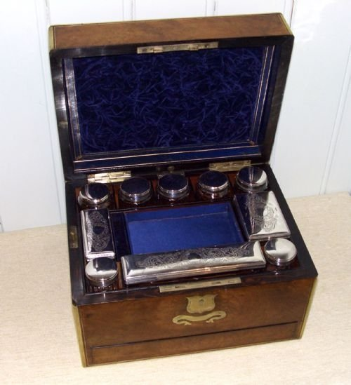 fitted burr walnut vanity case
