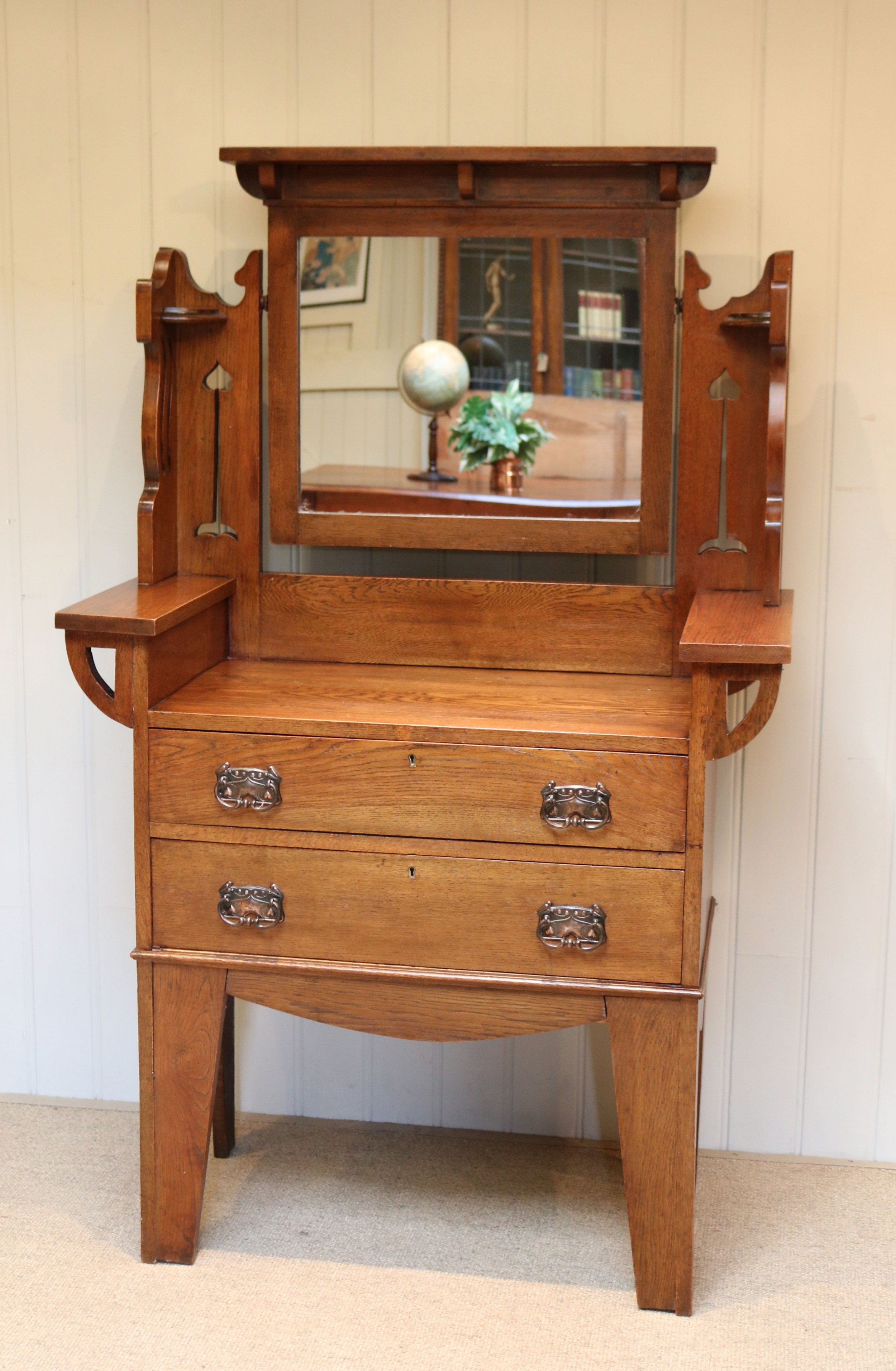 solid oak arts and crafts dressing chest