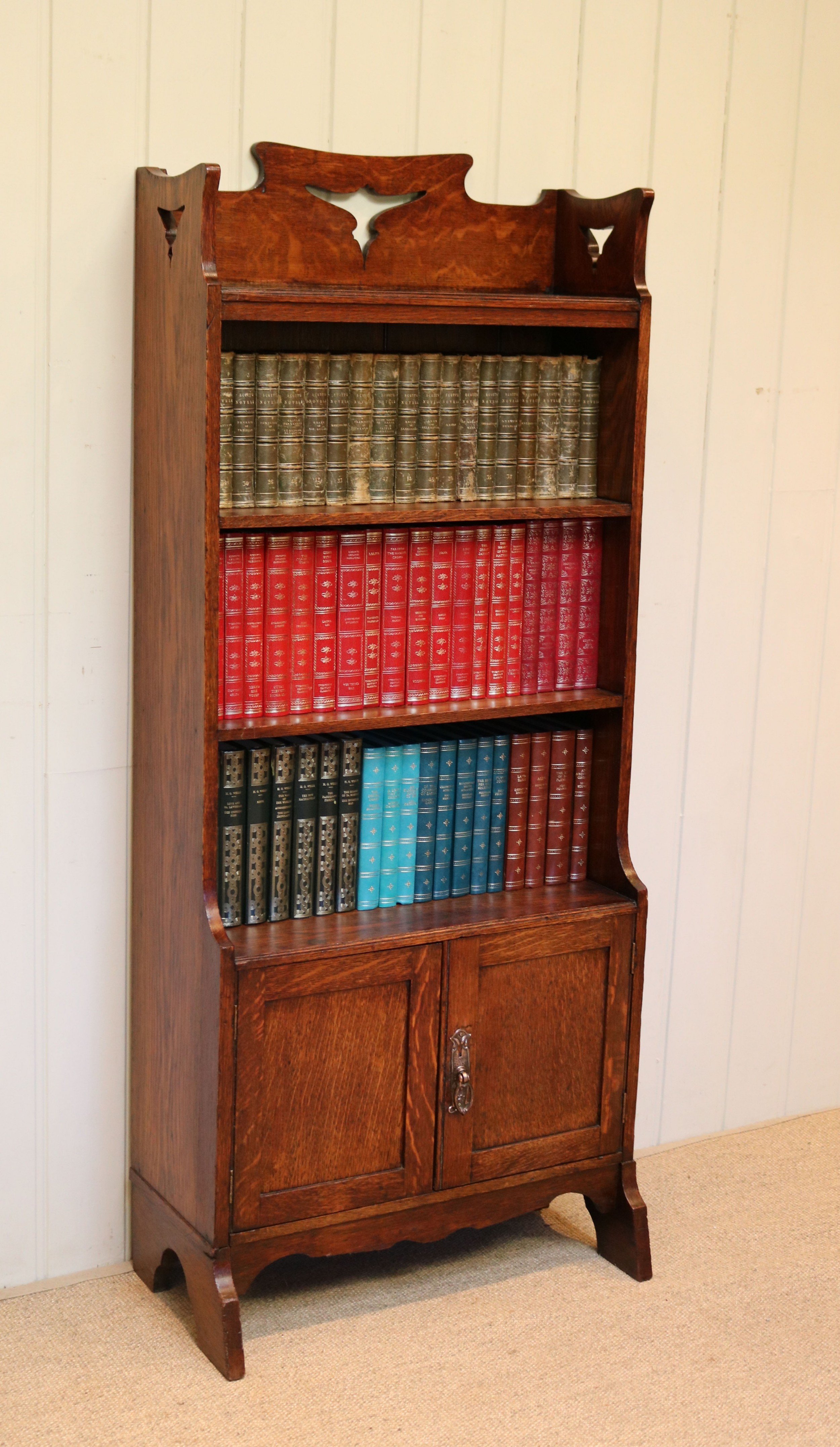 oak arts and crafts open bookcase