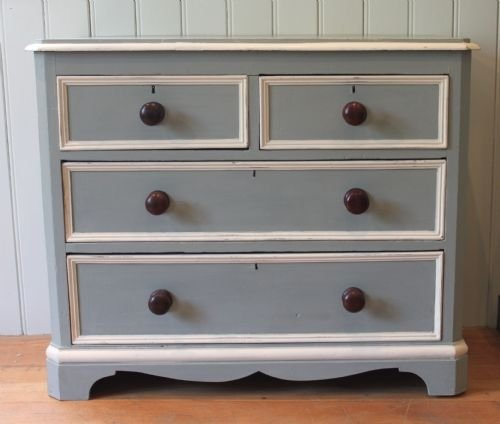 repaint chest of drawers 2