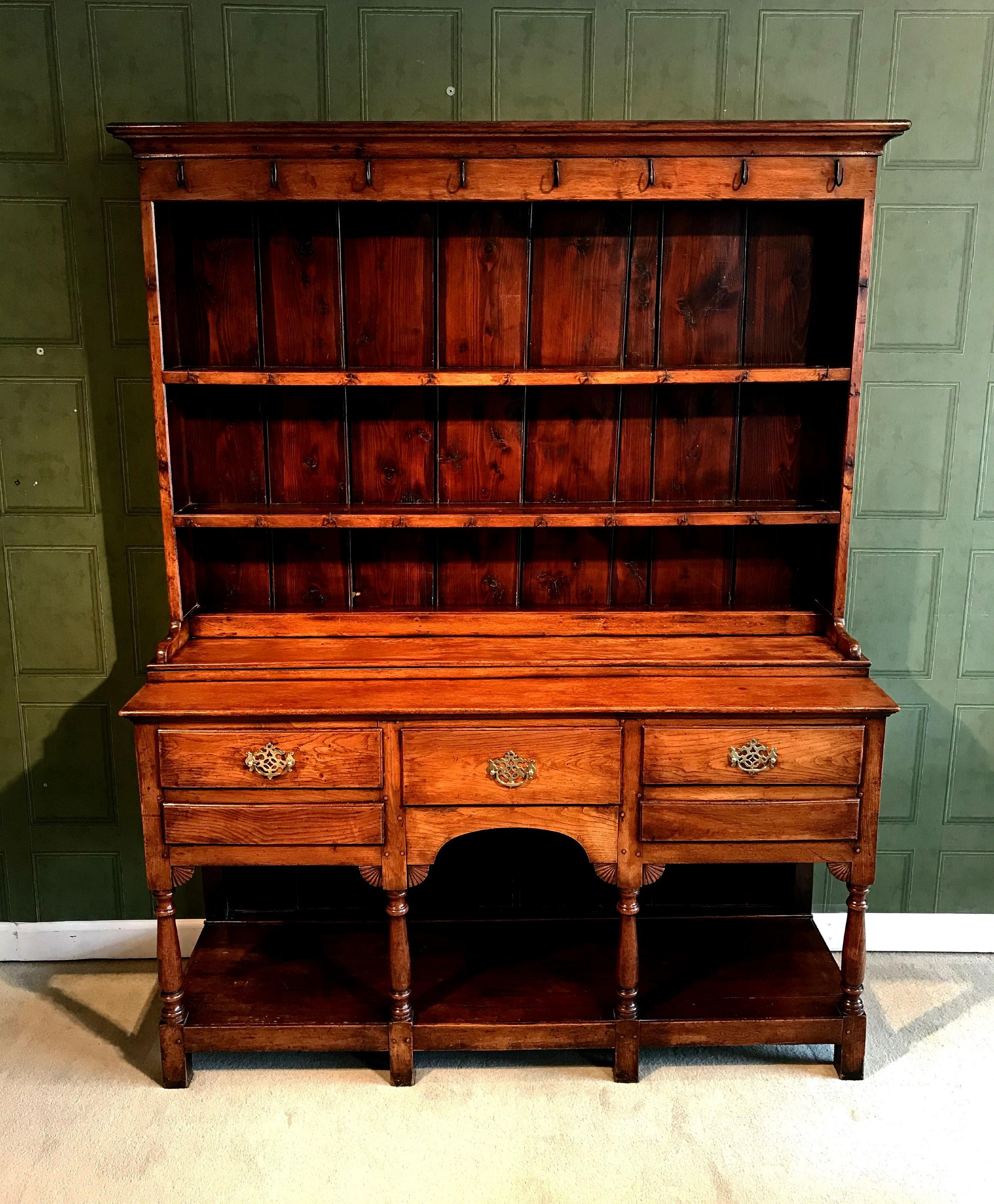 george iii period oak welsh dresser and rack