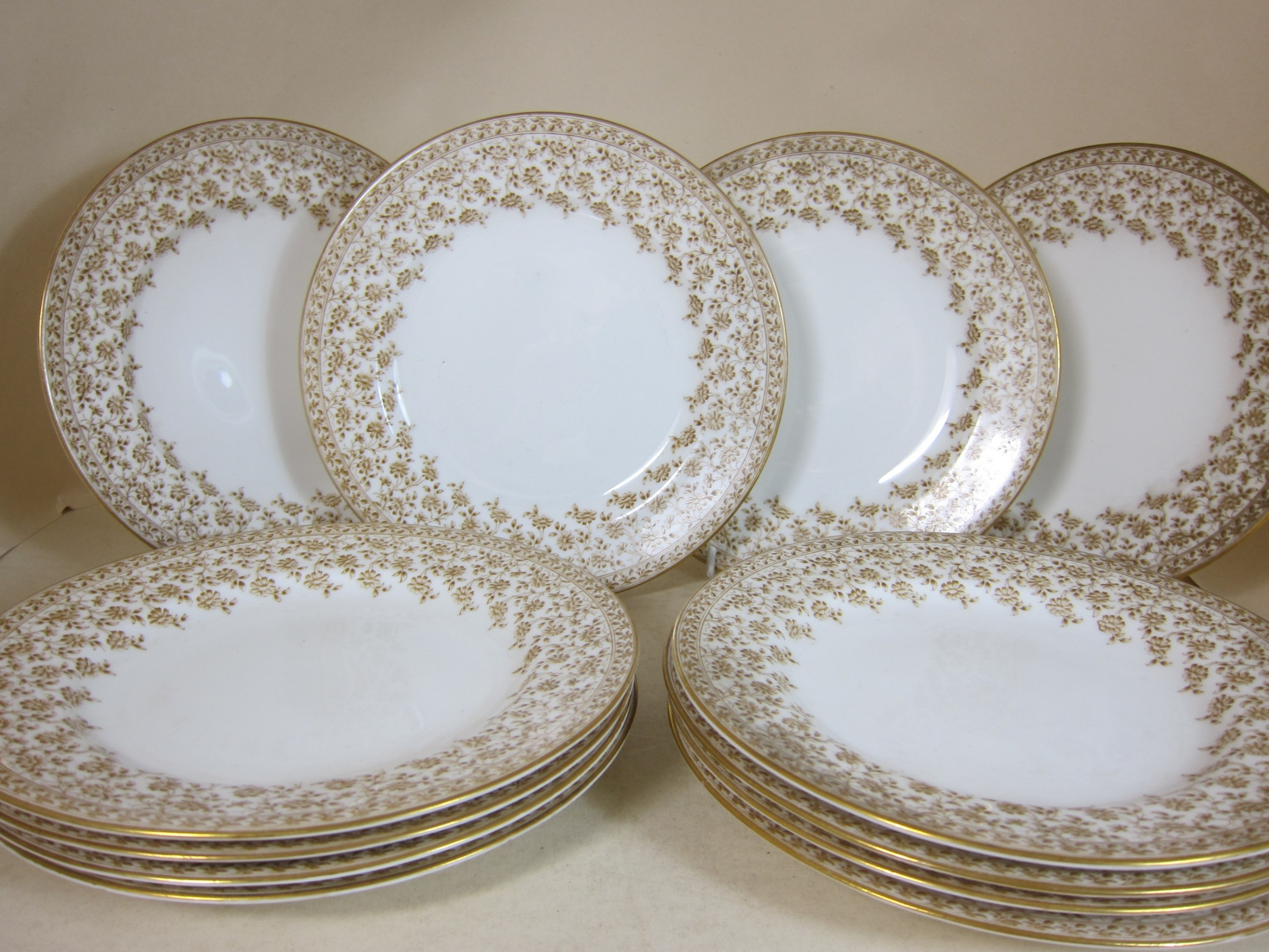 royal worcester porcelain set of 12 plates