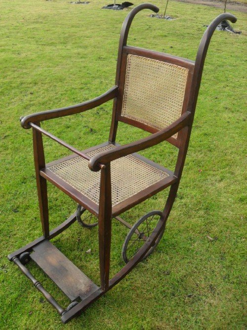 victorian bergere and beechwood invalid wheelchair - Victorian Bergere And Beechwood Invalid Wheelchair 107855