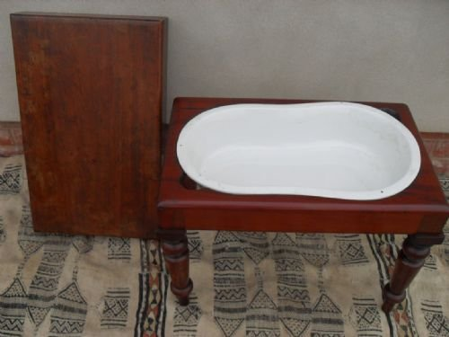 victorian mahogany table foot baby bath on turned legs 117987. Black Bedroom Furniture Sets. Home Design Ideas