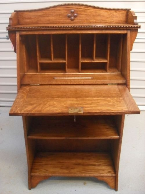 superb light oak writing bureau bookcase 128153. Black Bedroom Furniture Sets. Home Design Ideas