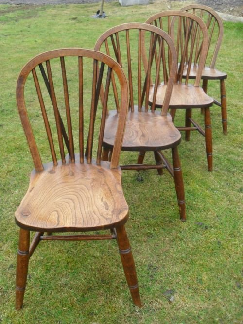 Set Of 4 Elm Spindle Back Windsor Kitchen Dining Chairs | 173364 |  Sellingantiques.co.uk - Set Of 4 Elm Spindle Back Windsor Kitchen Dining Chairs 173364