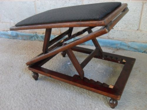 Victorian Mahogany And Upholstered Adjustable Foot Stool | 182342 | Sellingantiques.co.uk & Victorian Mahogany And Upholstered Adjustable Foot Stool | 182342 ... islam-shia.org