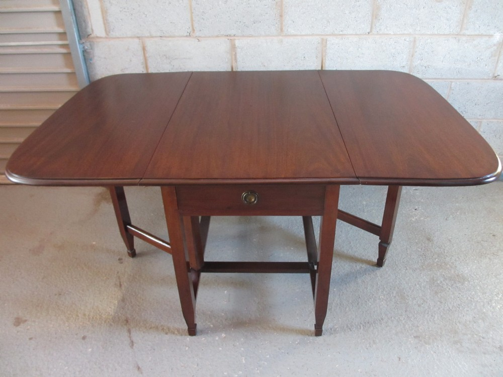 Victorian edwardian mahogany rectangular drop leaf gate for Rectangular drop leaf dining table