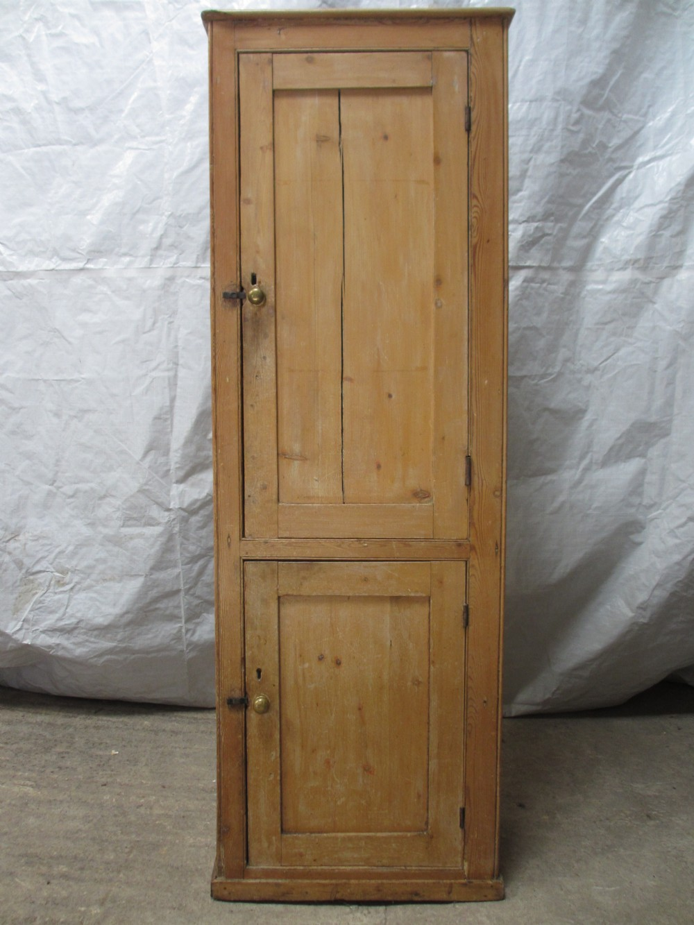 19th century tall 2 door pine cupboard cabinet - 19th Century Tall 2 Door Pine Cupboard / Cabinet 261938