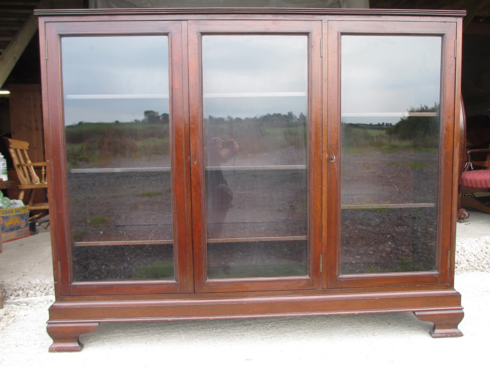 quality edwardian mahogany glazed door adjustable bookcase display cabinet ref 408