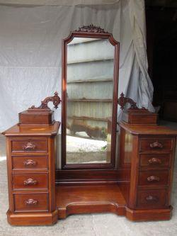 Unusual Late 19th Century Oak Arts Amp Crafts Corner