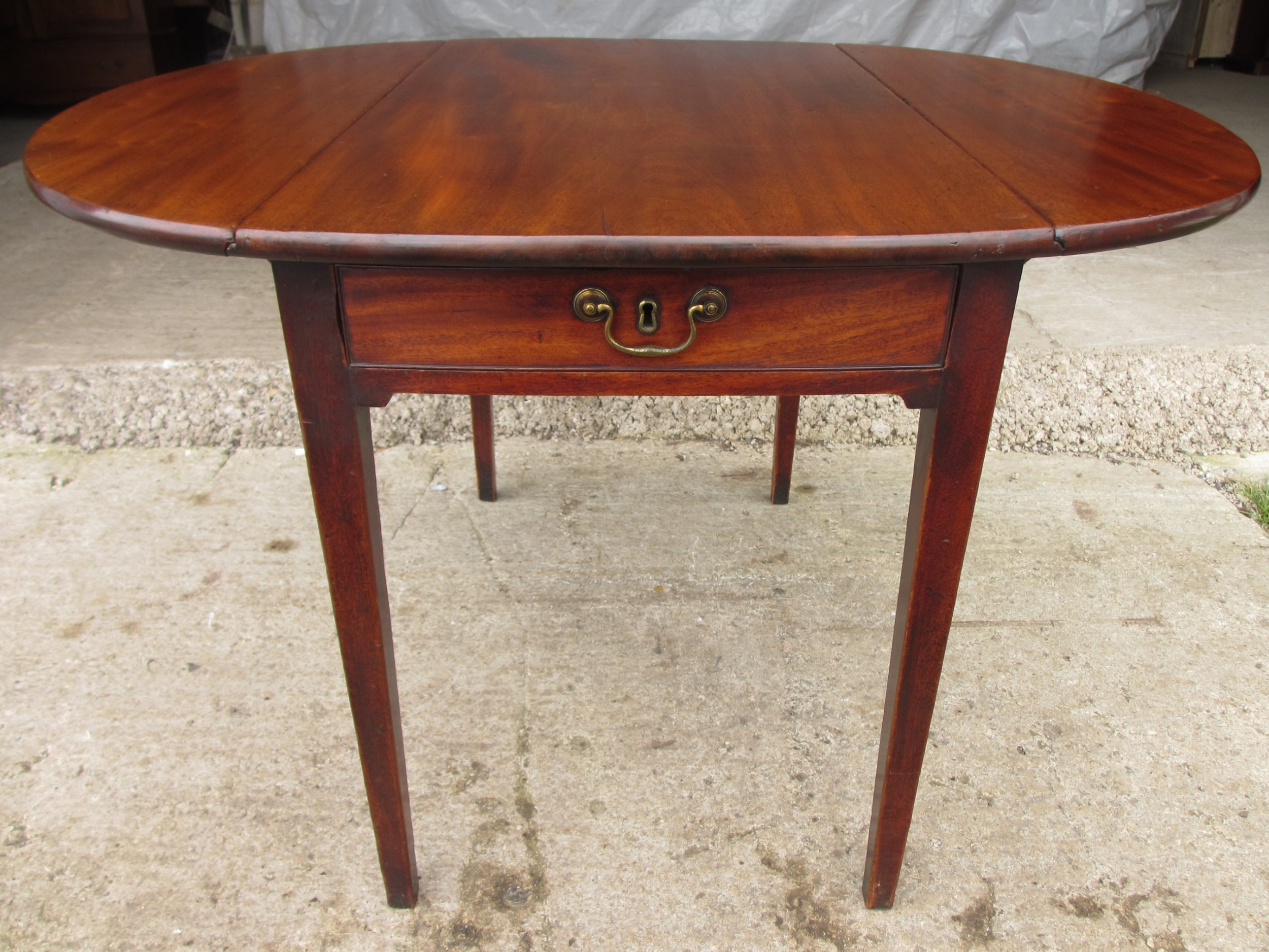 19th century mahogany dropleaf pembroke dining table
