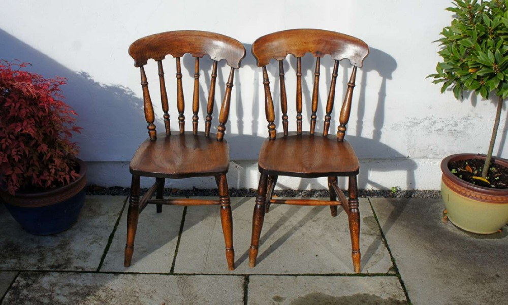 pair good quality victorian windsor spindle back kitchen chairs in beech elm