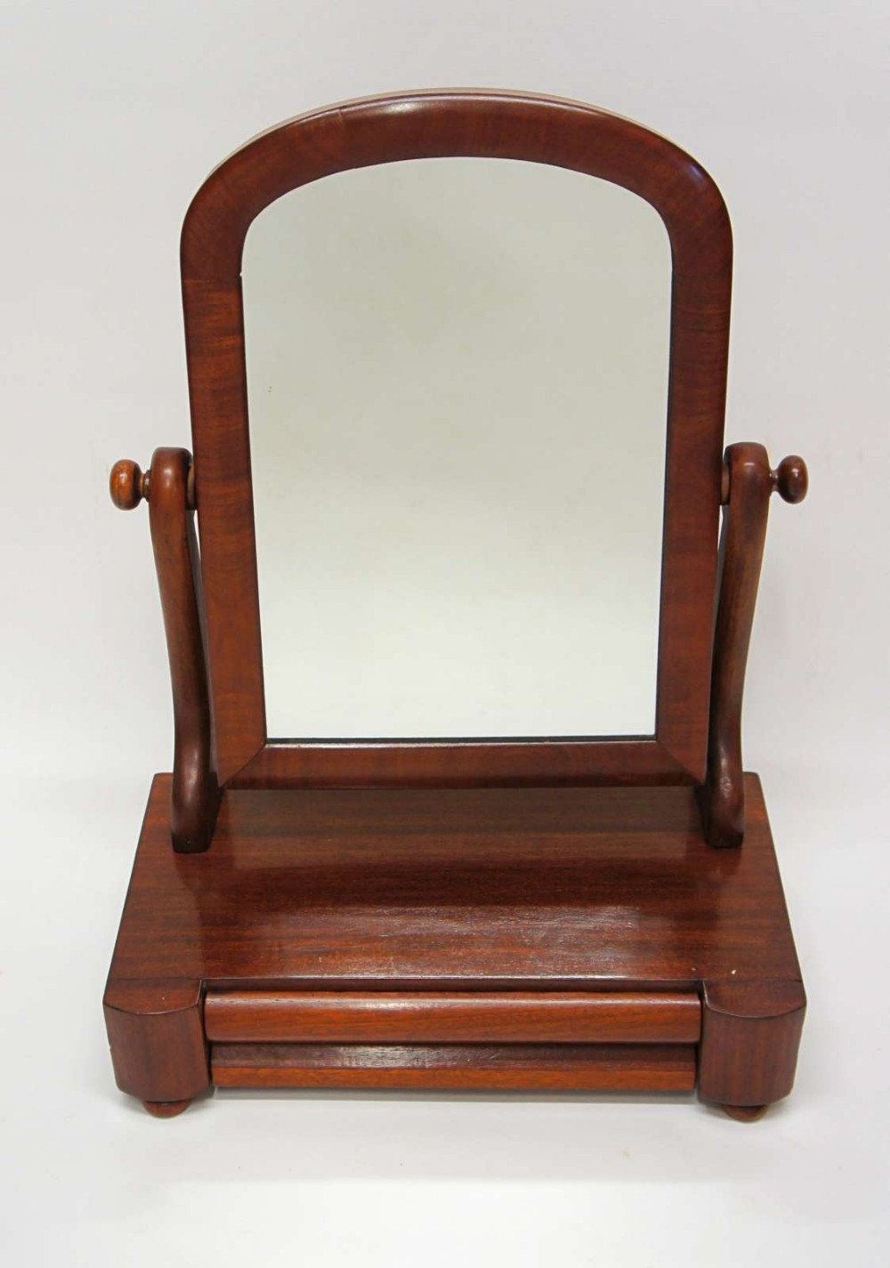 small victorian mahogany dome top dressing table with drawer