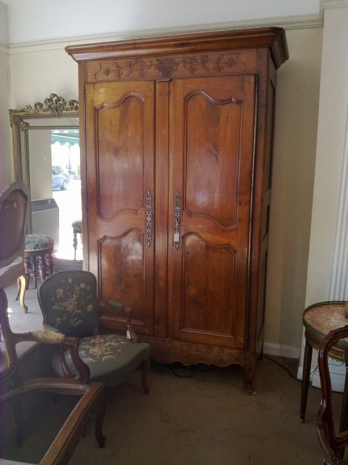 Charmant French Cherry Wood Armoire