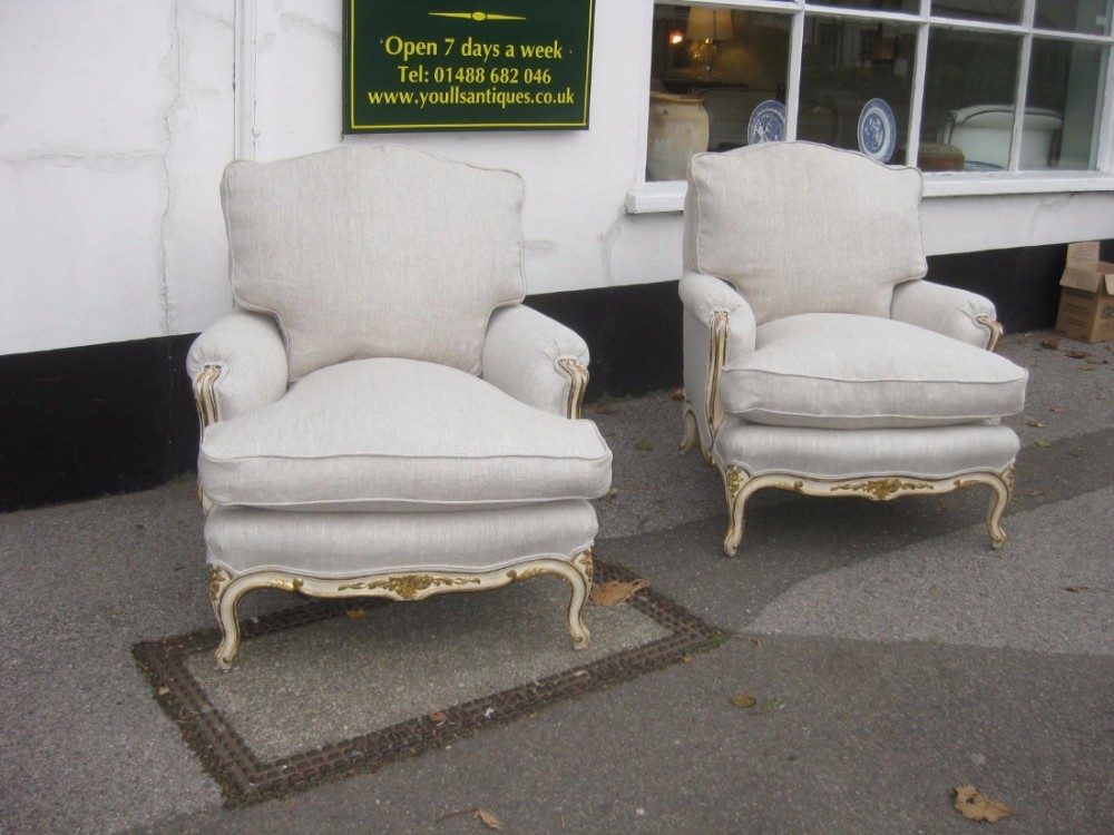 Pair french large very comfortable armchairs 435276 for Large comfy armchairs