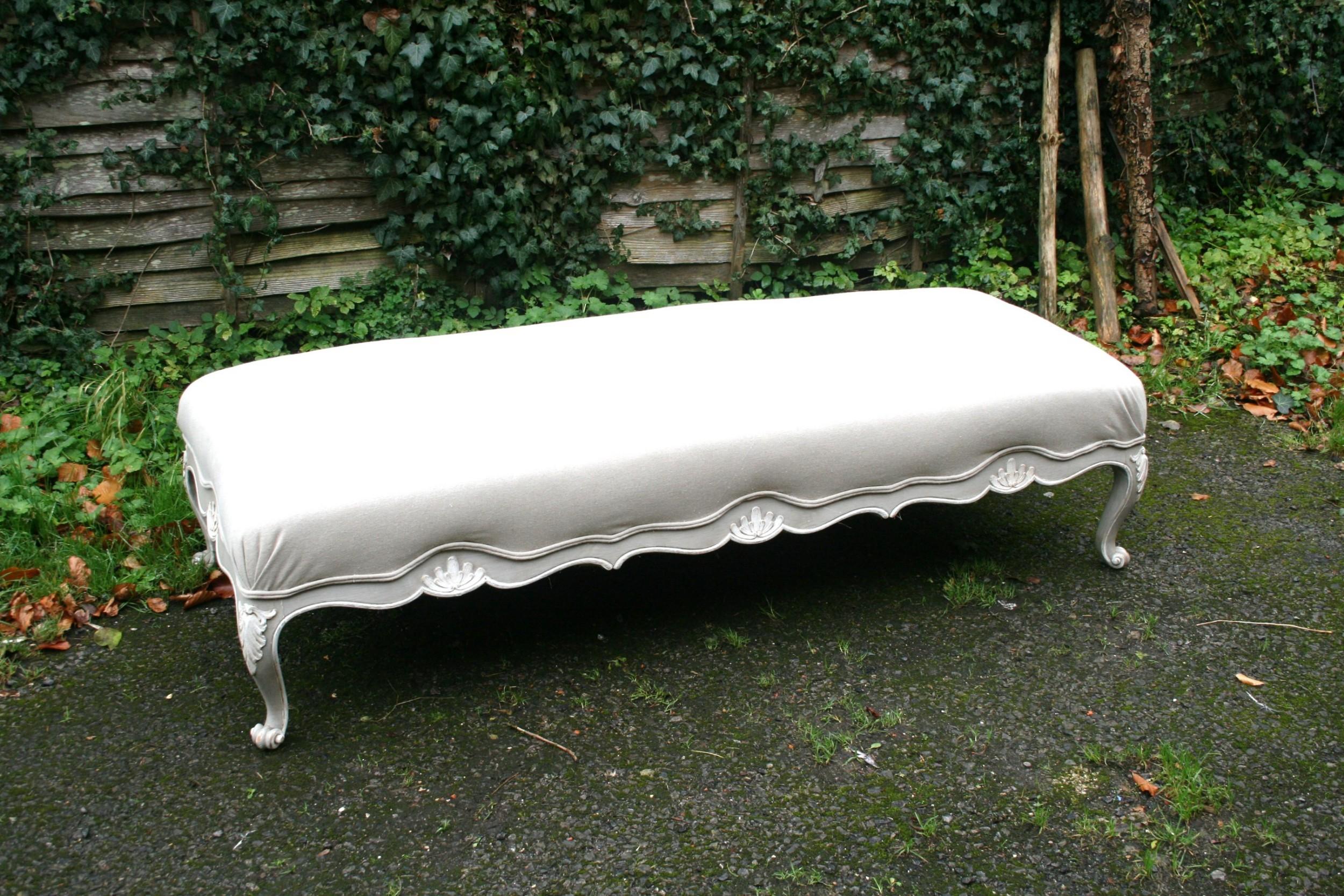 large french stool