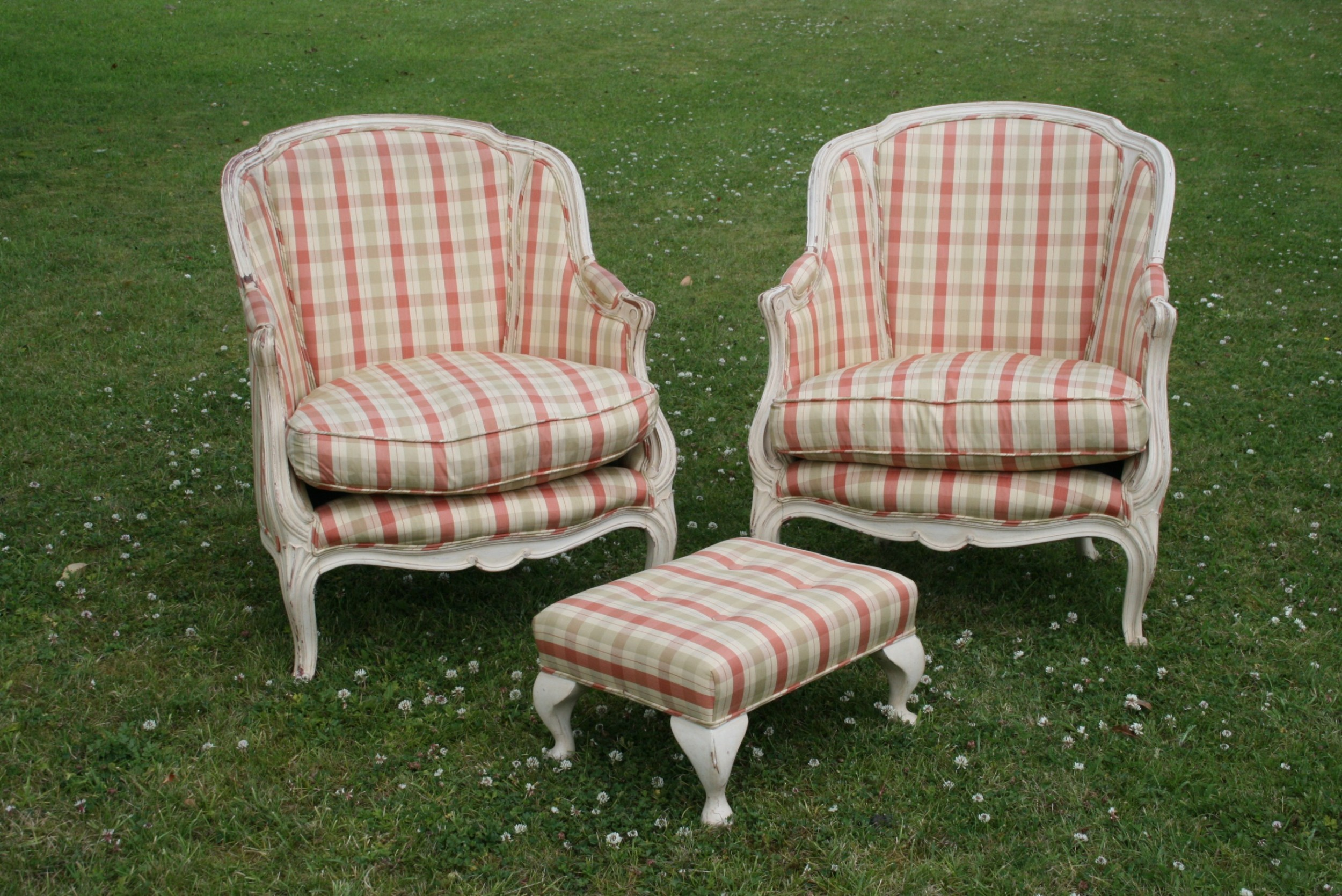 Pair Of French Armchairs | 705436 | Sellingantiques.co.uk
