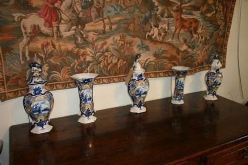 set of 5 delft vases